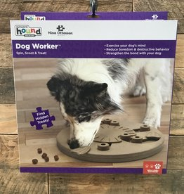 Outward hound Dog smart Worker composite puzzle