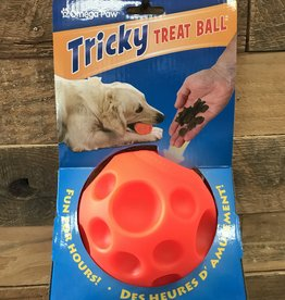 OMEGA PAW LARGE - TRICKY TREAT BALL