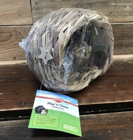 Super Pet MED NATURAL PLAY-N-CHEW CUBBY NEST