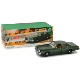 GREENLIGHT COLLECTABLES GRE 19045 1977 DODGE MONACO HUNTER 1/18