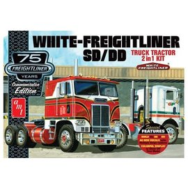 AMT AMT 1046 1/25 White Freightliner 2-in-1 SC/DD Cabover