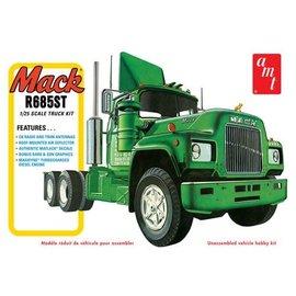 AMT AMT 1039/06 1/25 Mack R685ST Semi Tractor