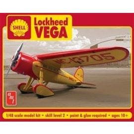 AMT AMT 950/12 1/48 Shell Oil Lockheed Vega MODEL KIT