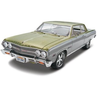 REVELL USA RMX 854055 1965 CHEVELLE SS 1/25 MODEL KIT
