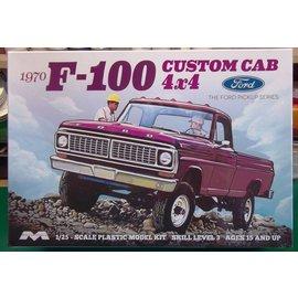 MOEBIUS MOE 1230 1/25 1970 Ford F-100 Custom Cab 4x4 MODEL KIT