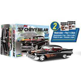 REVELL USA RMX 851529 1/25 '57 CHEVY BEL AIR Snap