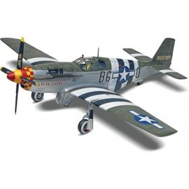 REVELL USA RMX 855535 P51 MUSTANG 1/32 MODEL KIT