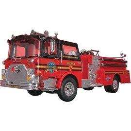 REVELL USA RMX 851225 MACK FIRETRUCK SNAPKIT  1/32