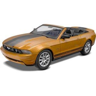 REVELL USA RMX 851963 2010 MUSTANG SNAP KIT 1/25 MODEL
