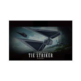 BANDAI BAN 214474 1/72 Tie Striker Rogue One A Star Wars Story model kit