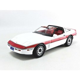 GREENLIGHT COLLECTABLES GLC 13532 A TEAM 1984 CORVETTE 1/18 DIECAST COLLECTABLE