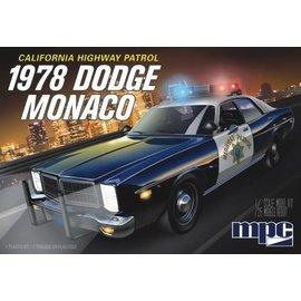 MPC MPC 922 1/25 1978 Dodge Monaco CHP Police Car, 2T