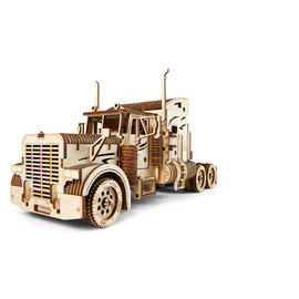 UGEARS UGR 70056 UGEARS HEAVY BOY TRUCK WOOD KIT 541 PIECES