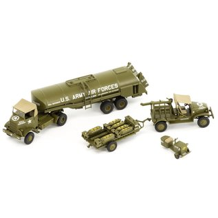 AIRFIX AIR 6304 WW2 USAF BOMBER RESUPPLY SET 1/72 MODEL KIT