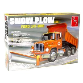 AMT AMT 1178 1/25 Ford LNT-8000 Snow Plow model kit