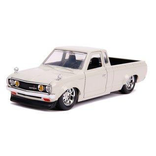 """JADA TOYS JAD 30444 Jada 1/24 """"JDM Tuners"""" 1972 Datsun 620 Pickup - Beige"""