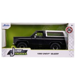 "JADA TOYS JAD 31590 Jada 1/24 ""Just Trucks"" 1980 Chevy K5 Blazer Off Road - Primer Black"