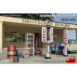 MINIART MNA 35598 GERMAN GAS STATION ACCESSORIES 1/35 MODEL KIT