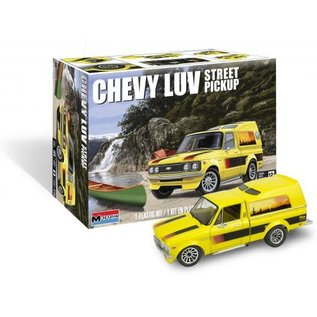 REV 854493 CHEVY LUV STREET PICKUP 1/24 MODEL KIT