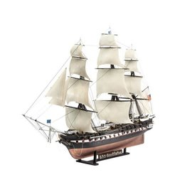 REVELL GERMANY REV 05472 USS CONSTITUTION 1/146 MODEL KIT