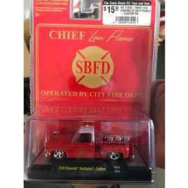 """GREENLIGHT COLLECTABLES M2 31500-HS06 1976 CHEVROLET SCOTTSDALE - CUSTOM SBFD """"LOW FLAME"""" 1/64"""