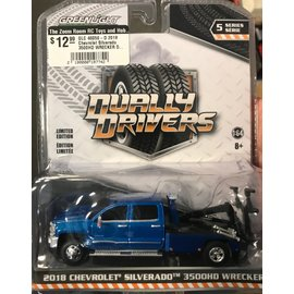 GREENLIGHT COLLECTABLES GLC 46050-D 2018 Chevrolet Silverado 3500HD WRECKER DUALLY DRIVERS SERIES 5