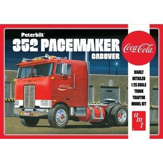 AMT AMT 1090/12 1/25 Peterbilt 352 Pacemaker Cabover MODEL KIT