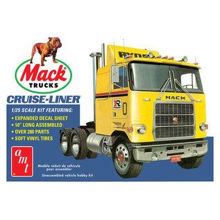 AMT AMT 1062 1/25 Mack Cruise-Liner Semi Tractor