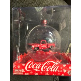 M2 M2 53500-MJS02 COCA-COLA ORNAMENT 1974 CHEVY STEPSIDE TRUCK RED/WHITE