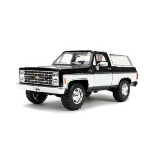 "JADA TOYS JAD 31592DB Jada 1/24 ""Just Trucks"" 1980 Chevy K5 Blazer Stock - Glossy Black DAMAGED BOX"