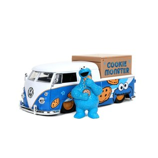 JADA TOYS JAD 31751 HOLLYWOOD RIDES 1963 VW BUS WITH COOKIE MONSTER WITH SOUND