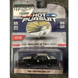 GREENLIGHT COLLECTABLES GLC 42950-A 1982 Ford Mustang SSP (HOT PURSUIT)