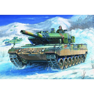 HOBBYBOSS HOB 82402 1/35 German Leopard 2 A5/A6 Tank model kit