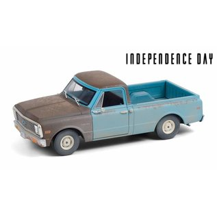 GREENLIGHT COLLECTABLES GLC 84132 1971 CHEVROLET C-10 Independence Day
