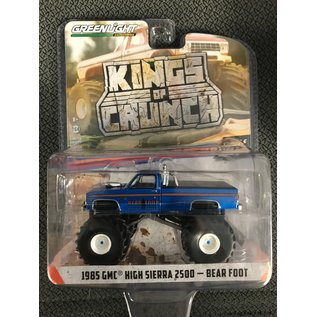 GREENLIGHT COLLECTABLES GLC 49060C KINGS OF CRUNCH SERIES 6 1/64 SCALE 1985 GMC HIGH SIERRA 2500 BEARFOOT