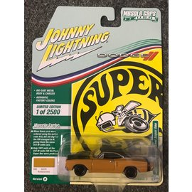 JOHNNY LIGHTNING JLC 4396B 1969 1/2 DODGE CORONET SUPER BEE BUTTERSCOTCH RELEASE 1