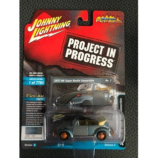 JOHNNY LIGHTNING JL 04643B 1975 VW SUPER BEETLE CONVERTIBLE MARATHON BLUE/PRIMER