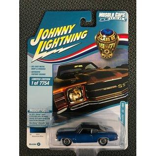 JOHNNY LIGHTNING JL MC026A5 1971 CHEVY CHEVELLE SS 454 MULSANNE BLUE