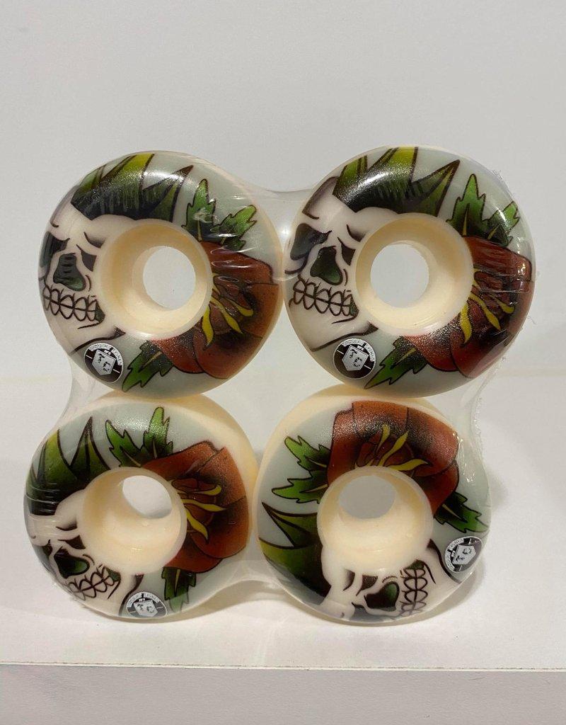 Thought Crimes MFG Mohawk Skull Wheels 52mm 101a