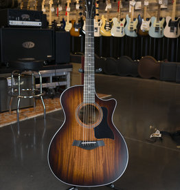 Taylor Taylor 324ce Acoustic Electric