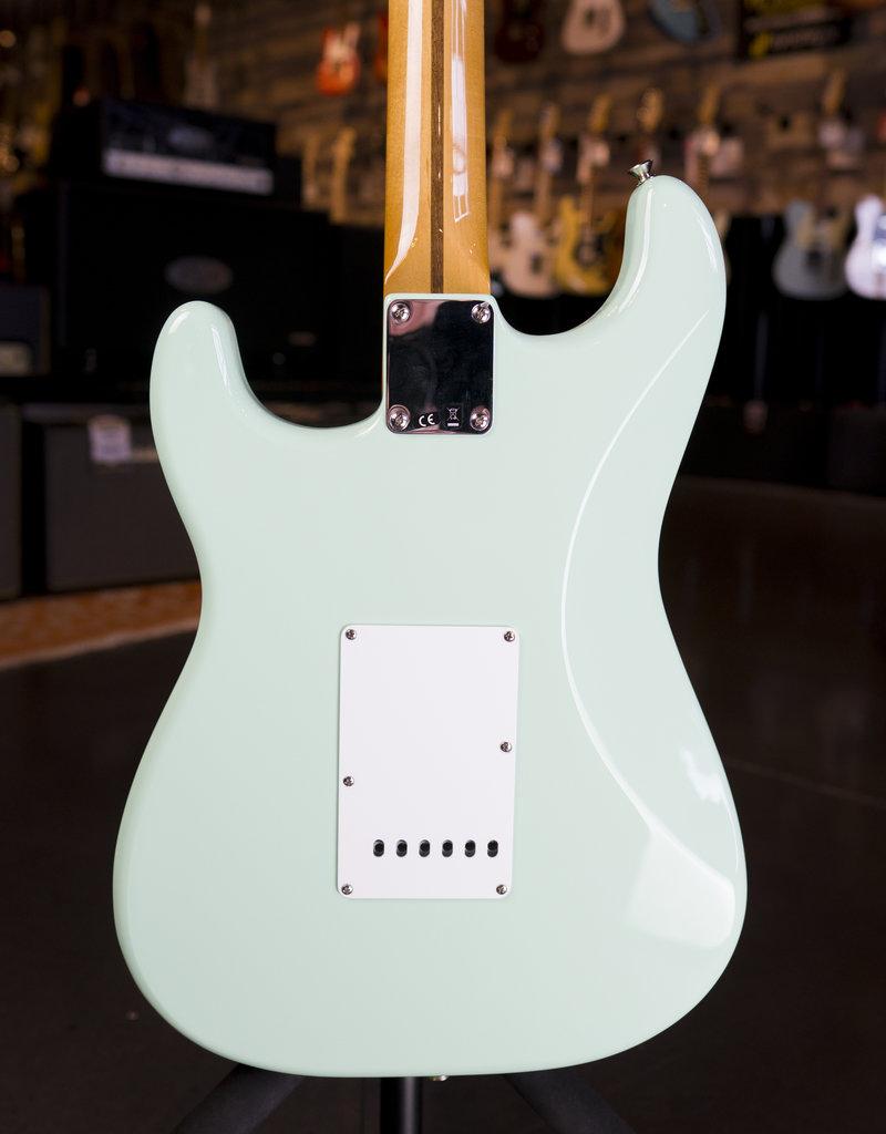 Fender Fender Classic Series '50s Stratocaster, Maple Fingerboard, Surf Green