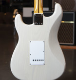 Fender Fender Vintera '50s Stratocaster Maple Fingerboard White Blonde Electric
