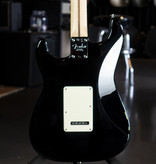 Fender Fender American Pro Stratocaster, Maple Fingerboard, Black