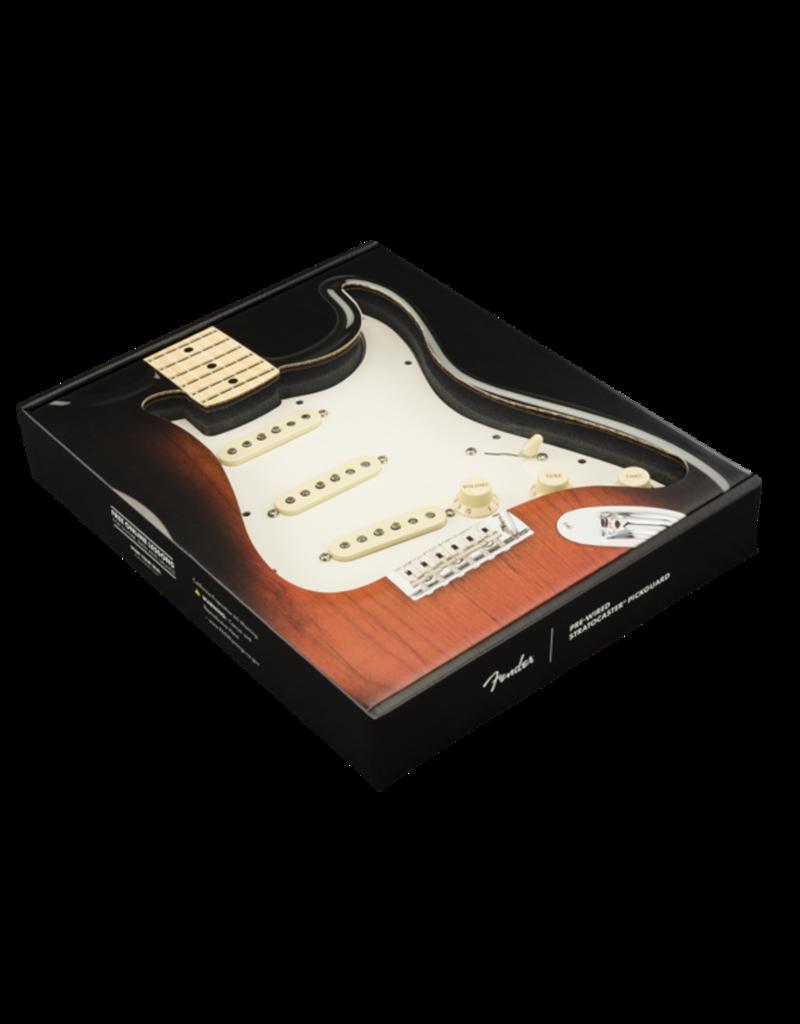 Fender Fender  Pre-Wired Strat Pickguard, Original '57/'62 SSS, Parchment 11 Hole PG