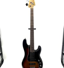 Fender Used Fender American Deluxe Precision Bass w/case