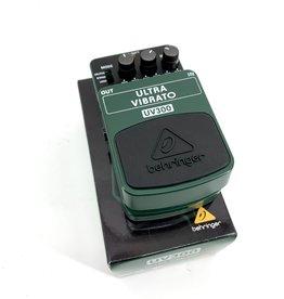 Behringer Used Behringer UV300 Ultra Vibrato Effects Pedal