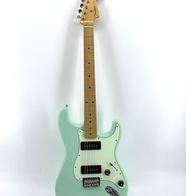 Fender Used Fender Noventa Stratocaster®, Maple Fingerboard, Surf Green