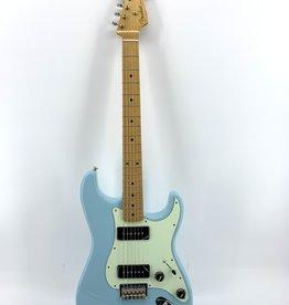 Fender Used Fender Noventa Stratocaster®, Maple Fingerboard, Daphne Blue