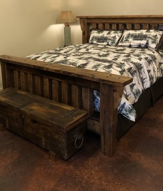 Stony Brooke Royal Timber King Bed