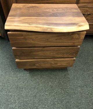 Green Gables Hillsboro 3 drawer Nightstand - Walnut28x28x18